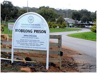Mobilong Prison
